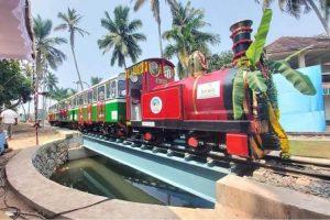 India's 1st solar-powered miniature train: Kerala